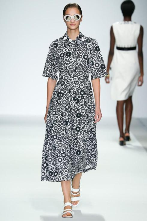 Holly Fulton Spring/Summer2015 (c) Style.com